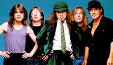 Группа «AC/DC»